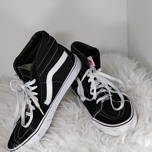 """Vans """"off the wall"""" black and white size: 10.5"""